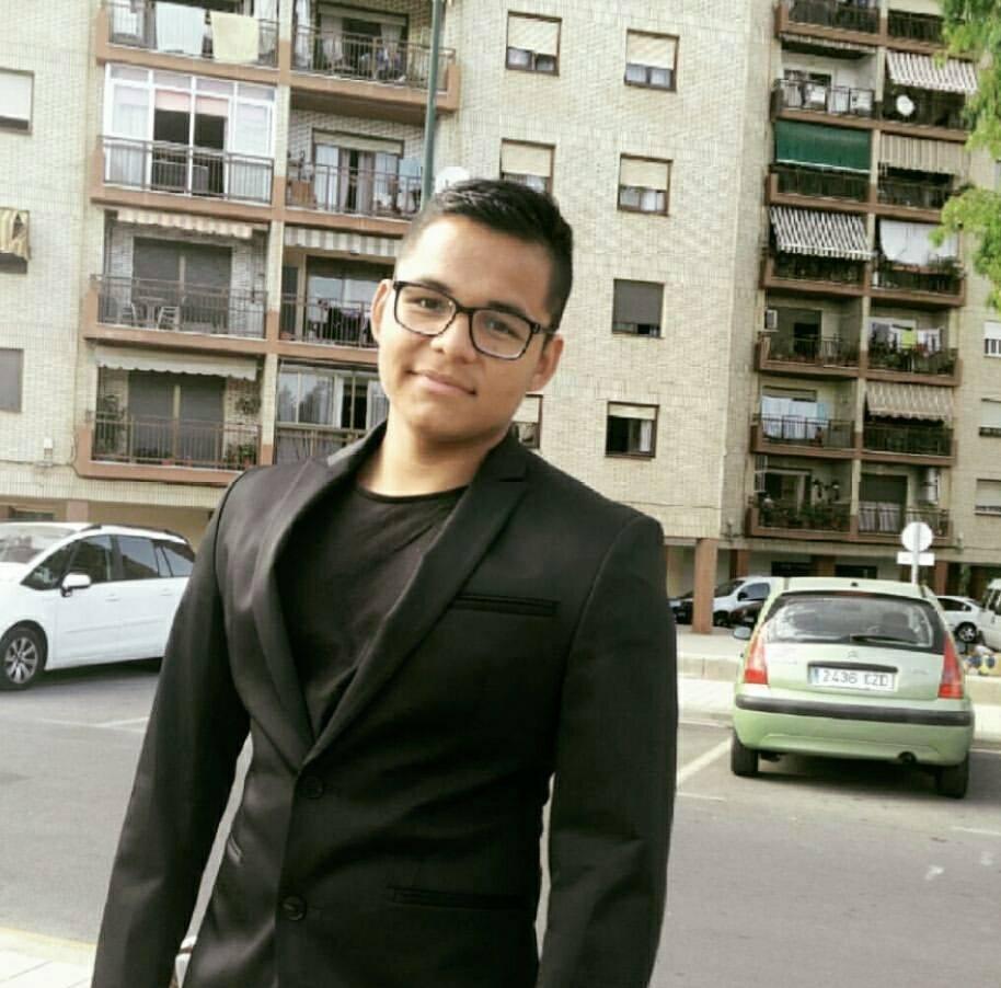 autoescuelas CIUDAD  Luis Bustamante