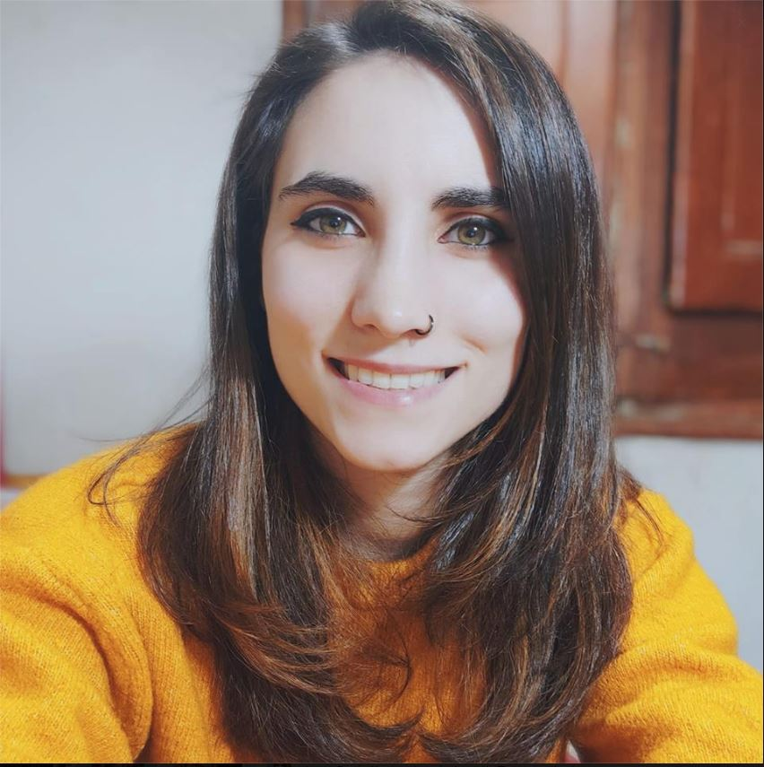 autoescuelas zaragoza Laura Bazán